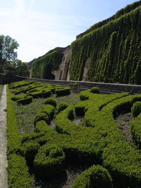 Navegar por los rios y canales de francia y europa un d a for Caracteristicas de un jardin botanico