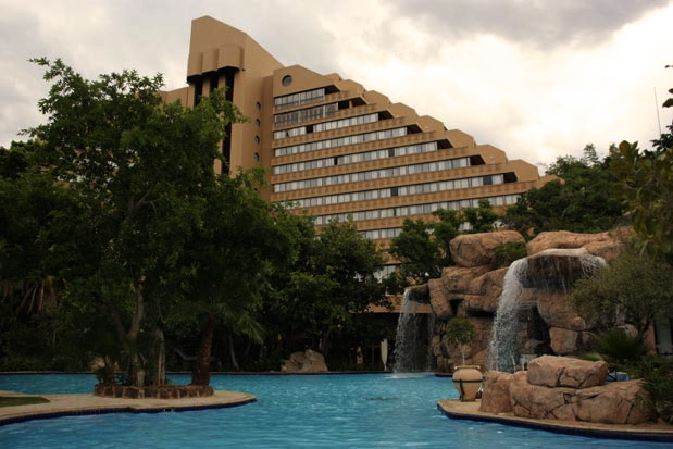 Sun-City-Resort-Cascades Hotel